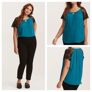 🆕 Torrid Georgette Lace Sleeve Blouse Size 0